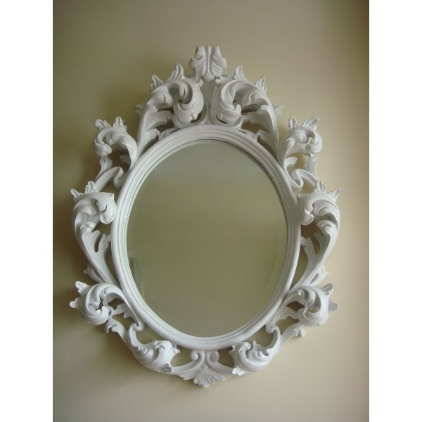 White mirror baroque style oval shape swanky interiors for Baroque oval mirror