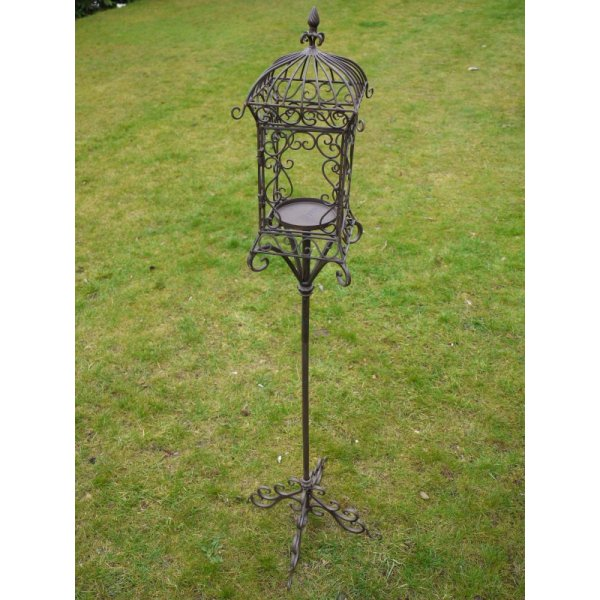 Outdoor Hanging Lanterns With Stand: Iron Lantern On Stand