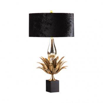 Villa Lumi Lighting Pineapple Lamp, Black